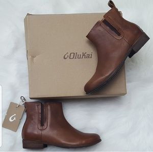 OluKai | Malie Leather Ankle Booties